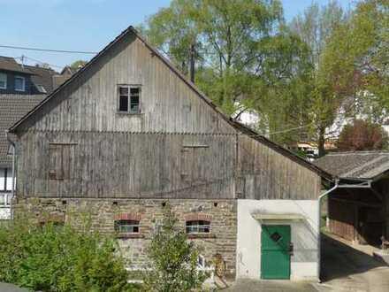 Massives Stallgebäude mit Remise in 51588 Nümbrecht, Oberbergischer Kreis