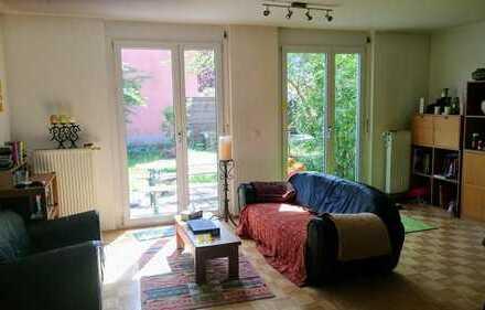 Sympatisches, helles Zimmer in guter Lage