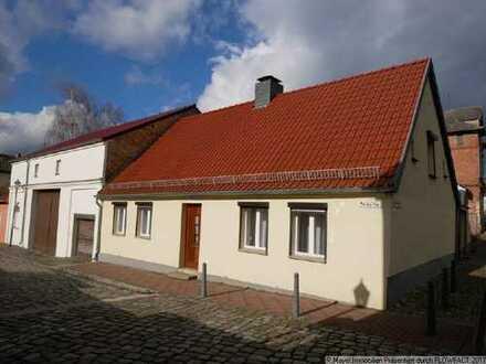 Stadthaus mit kleinem Hof in der Biesenthaler Altstadt