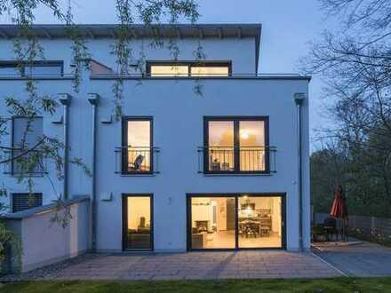 Notartermin vereinbart - Starnberg - Modernes Wohlfühlhaus mit hoher Privatsphäre