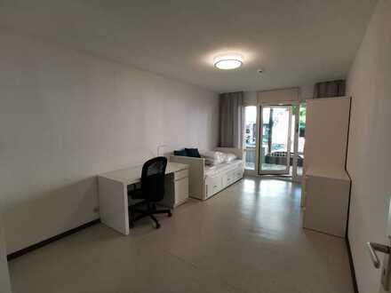 Renoviertes und möbliertes 1-Zimmer-Studentenappartment mit Terrasse Ludwigvorstadt-Isarvorstadt Mün