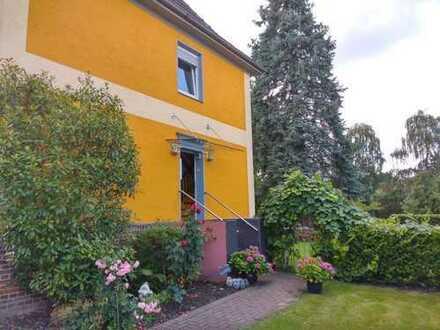 4,5-Zimmer-Wohnung in ruhigem Zweifamilienhaus Wiemelhausen-Kirchviertel (super für WGs)