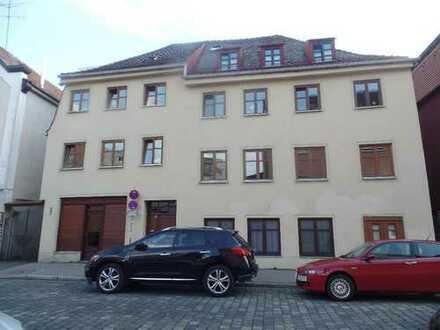 Zentrumsnah, san.Altbau v. 1492, 3 Zimmer-Wohnküche-Duschbad