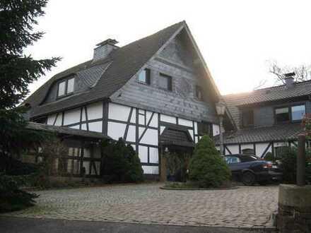 Schönes geräumiges Landhaus mit sechs Zimmern in Essen, Burgaltendorf
