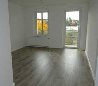 *** helle und freundliche 3-Raum Wohnung mit Balkon ***