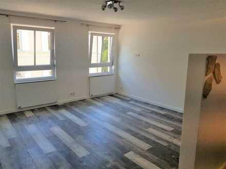 Neu sanierte 1-Zimmer Wohnung in Lichtental - ideal für Singles!