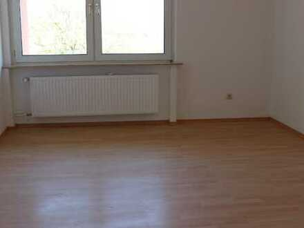 Ruhige 3-Raum-Wohnung mit Loggia in MH-Dümpten/Grenze Oberhausen