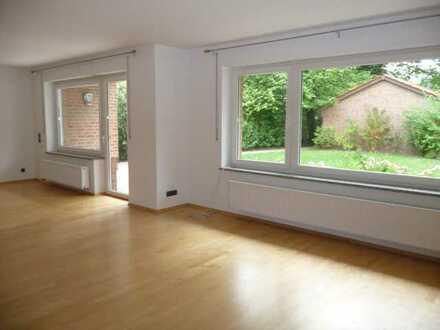 30657 - Freistehendes großzügiges modernes Einfamilienhaus