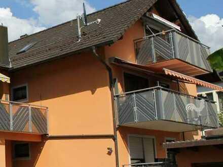 Schöne 2-Zimmer-Dachgeschosswohnung ab 01.09. zu vermieten