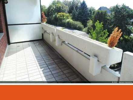 Großzügige ETW mit guter Raumaufteilung....mit Balkon und Garage zu verkaufen !