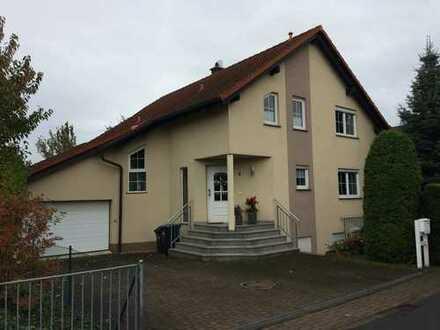 Schönes, geräumiges Haus mit fünf Zimmern in Fuchshain bei Leipzig