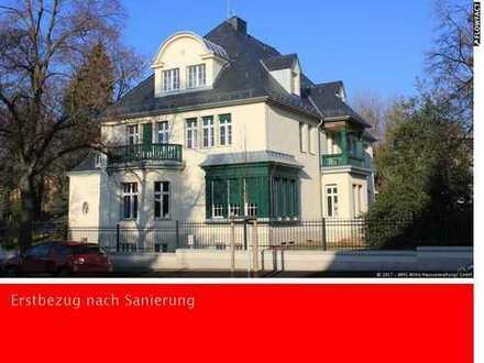 Hochwert.san. Altbau: DG-Wohnung, ca. 145m², sep. Eingang, Dachterrasse, großz. mod. Einbauküche