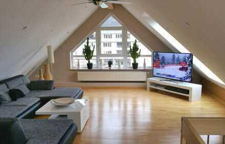 Sehr helle ,gepflegte 4-Zimmer-Maisonette-Wohnung mit Balkon von Privat.