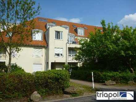 Geräumige 2-Zi-Wohnung mit Balkon in grüner und ruhiger Stadtrandlage