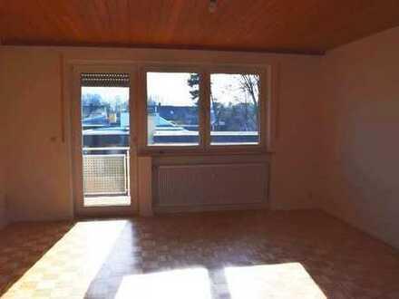 Schöne, helle 5-Zimmer-Wohnung mit Balkon in Aichach