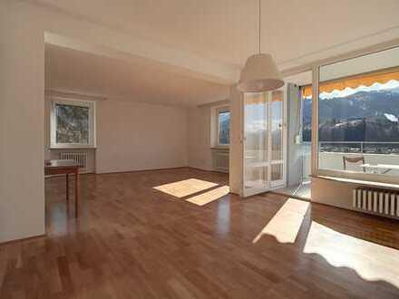 Renovierte 2,5 Zimmer Penthouse-Wohnung mit traumhafter Aussicht