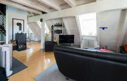 ++Einzigartige Galerie-WHG.+2.OG+Kamin+im historischen Stil erbaut mit neuster Technik+ Top Lage ++