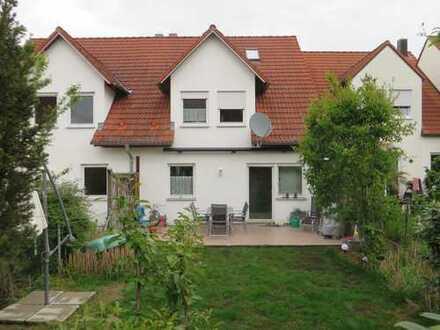 Schöne Doppelhaushälfte mit Garten in Diedorf