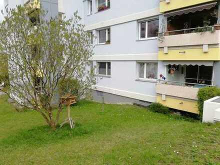 Stilvolle, gepflegte 4-Zimmer-Hochparterre-Wohnung mit Balkon und EBK in Wernau