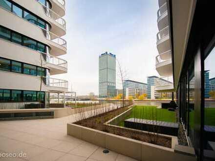 Erstbezug: exklusive, geräumige 1-Zimmer-Dachgeschosswohnung mit EBK in Friedrichshain, Berlin