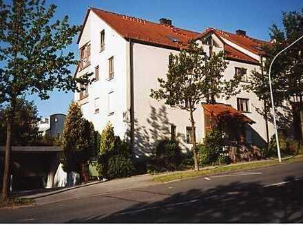 Hell wohnen am Roten Hügel!!! ... mit Loggia und Tiefgaragenstellplatz!!!