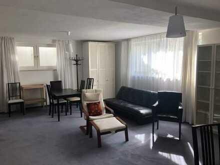 1-Zimmer-Wohnung mit EBK und sehr großem Badezimmer (teilmöbliert)