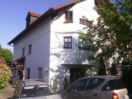 Gepflegte 2-Zimmer-Wohnung mit EBK in Ebersbach an der Fils