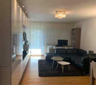 Stilvolle, modernisierte 1,5-Zimmer-Wohnung mit Einbauküche in Mitte, Berlin