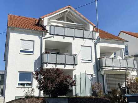 Exklusive, gepflegte 3-Zimmer-Dachgeschosswohnung mit Balkon und EBK in Rutesheim