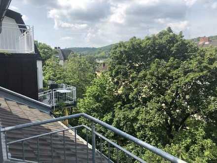 Schöne große Dachterrassenwohnung, + Frühstücksbalkon, 3 Zimmer (Maisonette) BN-Kessenich