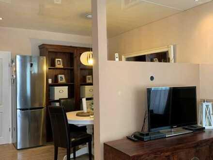 Stilvolle, möblierte-2-Zimmer-Erdgeschosswohnung mit Einbauküche in Oppenheim