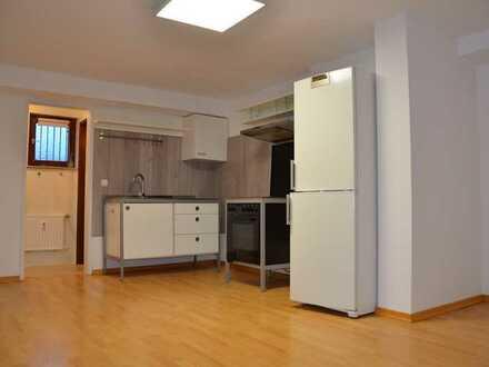 Souterrain Appartement mit separatem Eingang für Singles oder als Homeoffice