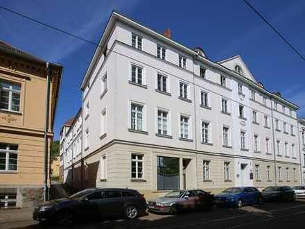 kernsanierte, geräumige 6R-Wohnung mit Master- und Gästebad in Top Lage