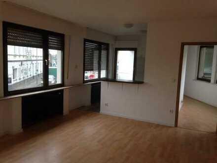 Vollständig renovierte 3-Zimmer-Wohnung mit Balkon in Krefeld