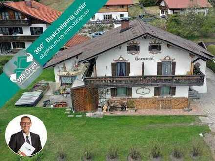 Freistehendes Zweifamilienwohnhaus auf 826 m² Grundstück in Klais, Gesamtwohnflache ca. 180,73 m²