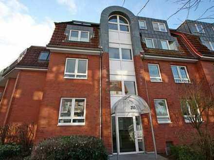 3 Zimmer DG-Wohnung mit Südbalkon und Tiefgarage in Norderstedt