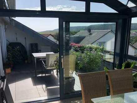 Exklusive 4 Zimmer DG-Wohnung im Penthaus-Stil mit wunderbarer Aussicht