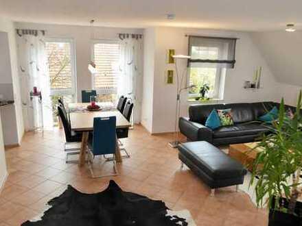5-Zimmer-Maisonette-Wohnung mit Balkon, schicker Einbauküche und Einzelgarage