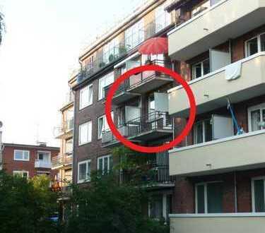 Schöne helle 2 Zimmer Wohnung in Alsternähe mit Balkon - von privat