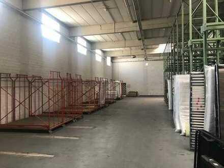Lagerhalle mit Rampe und 4,50 Metern Deckenhöhe