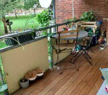 Schöne 4-Zimmer-Wohnung mit Balkon und Gartenzugang