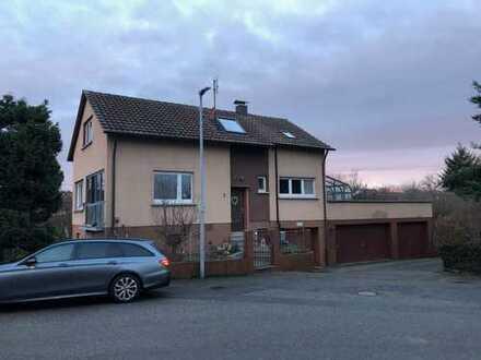 Ruhig gelegenes freistehendes EFH mit 4,5 Zimmern in Wiernsheim