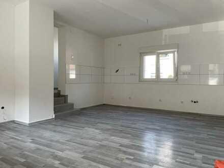 Attraktive 2-Zimmer-Wohnung mit Terrasse in Steinmauern
