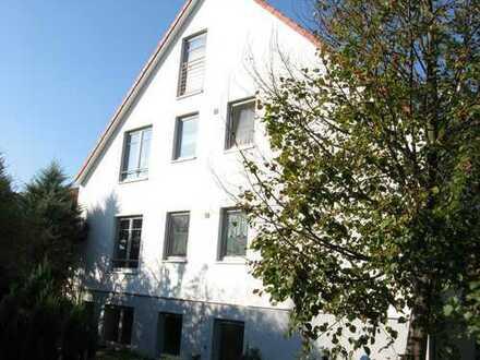 Helle 1,5 Dachgeschosswohnung in ruhiger Lage, Potsdam