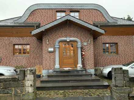 Erdgeschosseigentumswohnung (106m²) in Alsdorf plus zugehörigem Anliegerbereich (57m²)