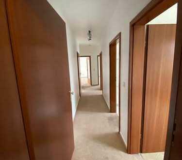 +++ 3-Zimmer-Wohnung + renoviert + ruhig + TG-Stellplatz +++