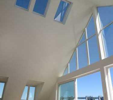 Exklusives Dachgeschoss mit großer Dachterrasse u. Weitblick über die Skyline von München
