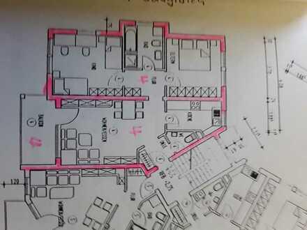 Gepflegte Wohnung mit drei Zimmern sowie Balkon und EBK in Bad Schussenried