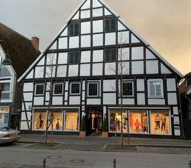 Zwei Ladenlokale in 1A Lage im Herzen von Wiedenbrück zu verpachten/vermieten