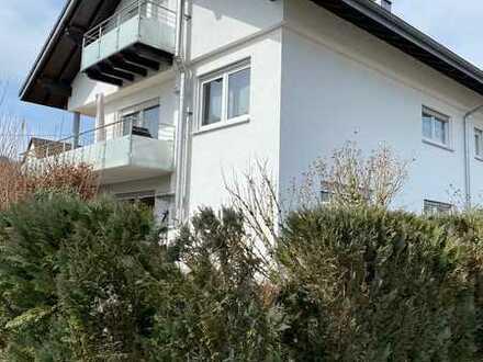 Gepflegte 5-Zimmer-Wohnung mit großen Balkon und EBK in Wehr
